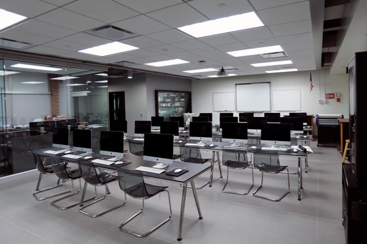 Компьютерный кабинет Marian Catholic High School
