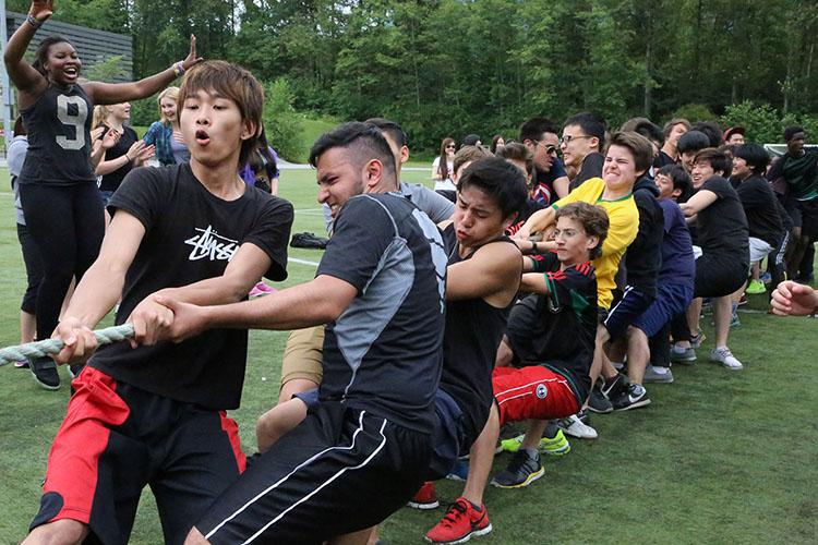 Спортивные соревнования в Bodwell High School