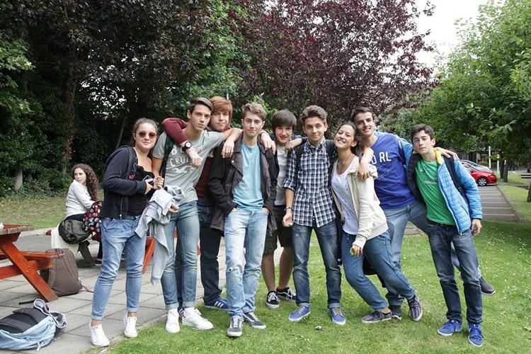Студенты Atlas Junior Galway на отдыхе
