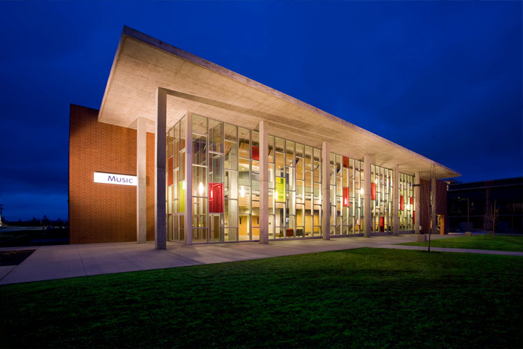 Музыкальный центр Community Colleges of Spokane