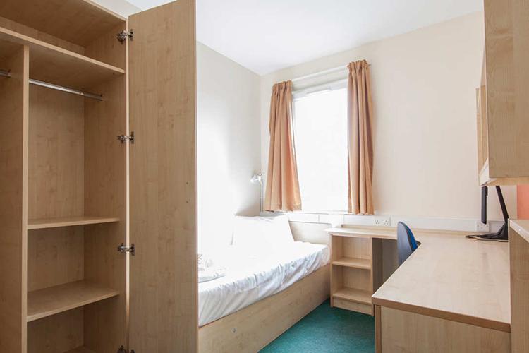 Комната студента в Alpadia, London