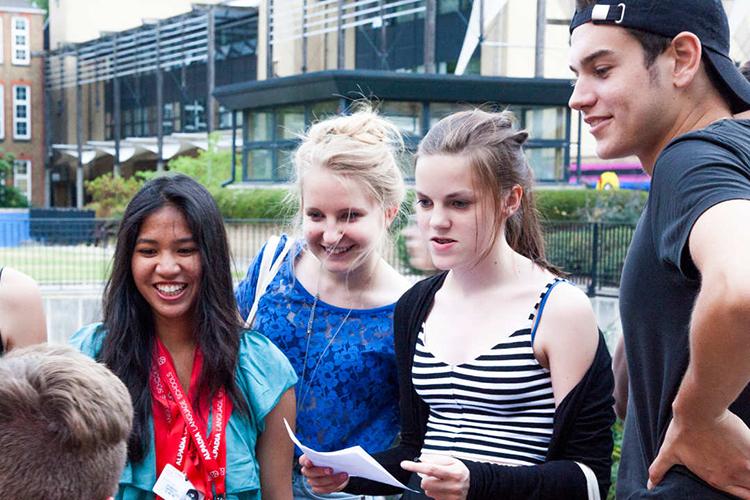 Студенты Alpadia, London