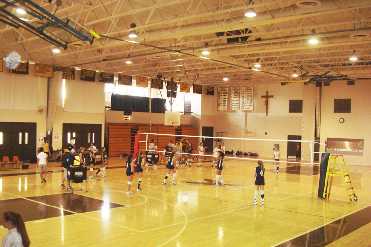 Спортивный зал Saint John Paul II Academy