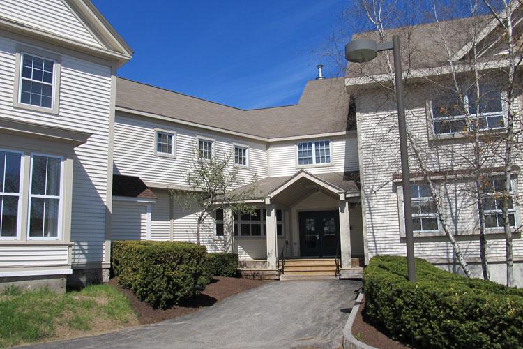 Hall House Residence. Часть студенческого кампуса Lincoln Academy