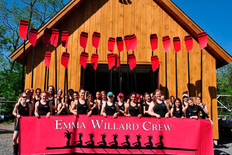 Команда Emma Willard School по академической гребле