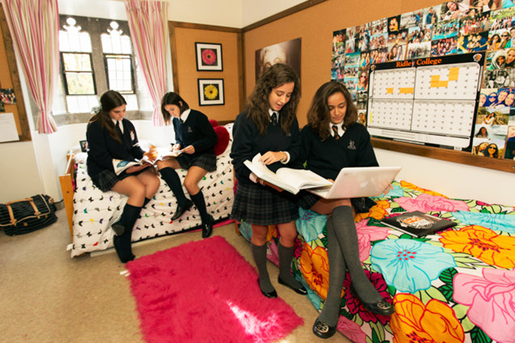 Комната девочек в Ridley College