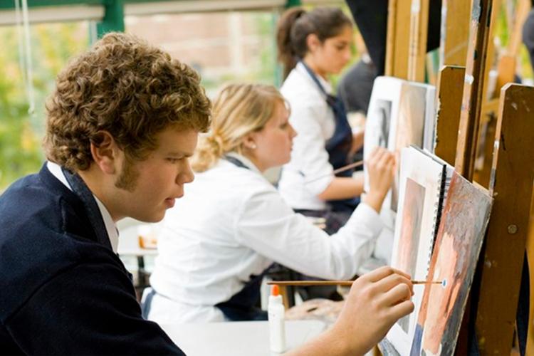 Уроки живописи в Ridley College