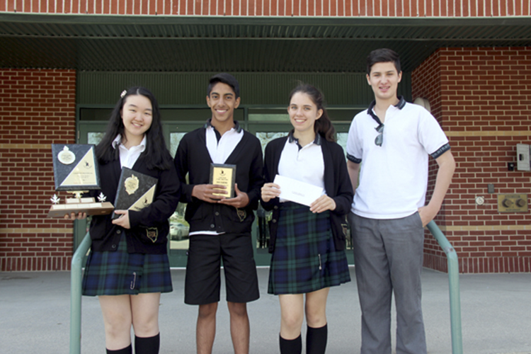 Студенты St. John's-Ravenscourt School