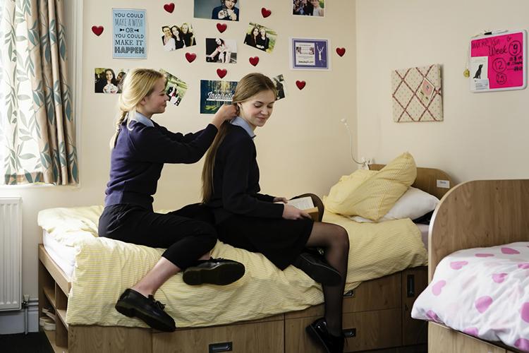 Комната девочек в Bishopstrow College, Warminster