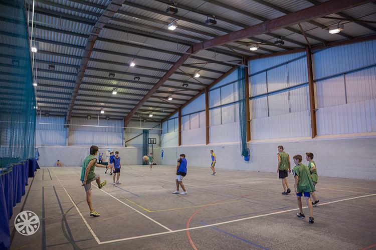 Спортивный павильон в Emerald Cultural Institute, Cobham-Hall-Kent