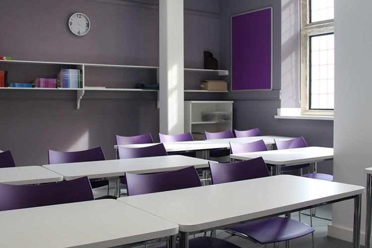 Удобные классные комнаты в Alpadia Brighton