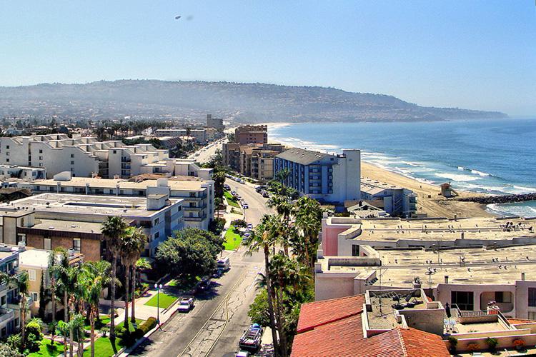 Вид на город Торранс (пригород Лос-Анджелеса)