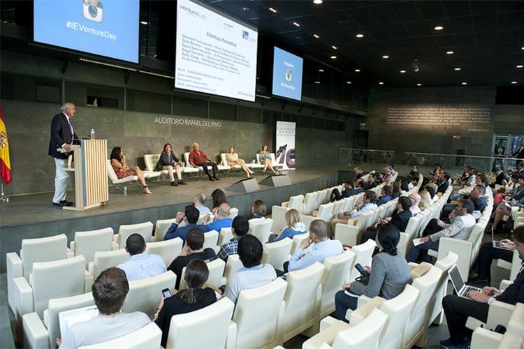 Конференция в IE Business School