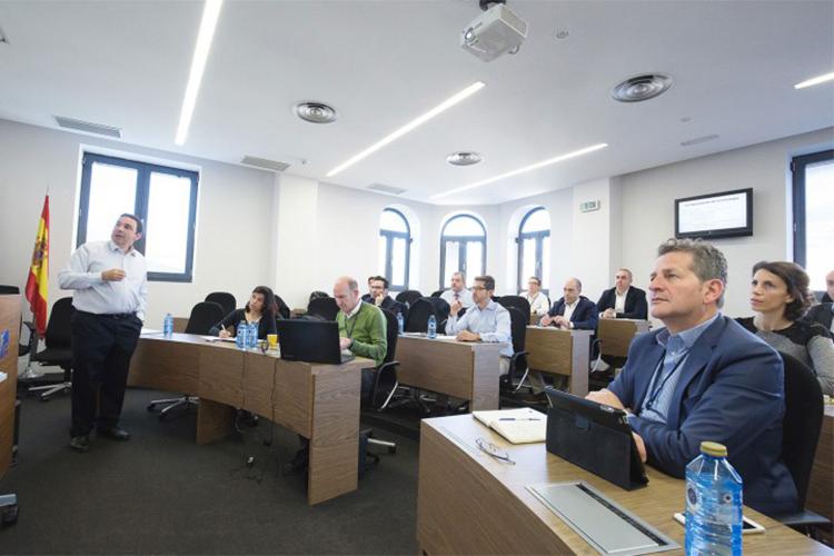 Процесс обучения в IE Business School