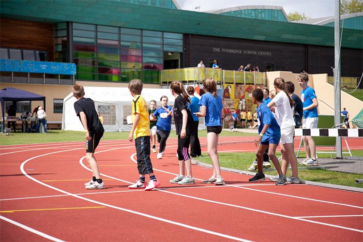 Соревнования Tonbridge School, Bucksmore Education