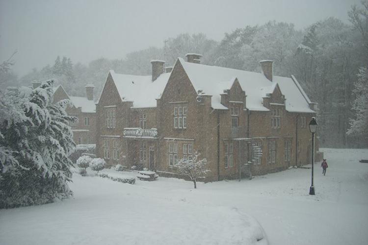 Зима в Kingham Hill School