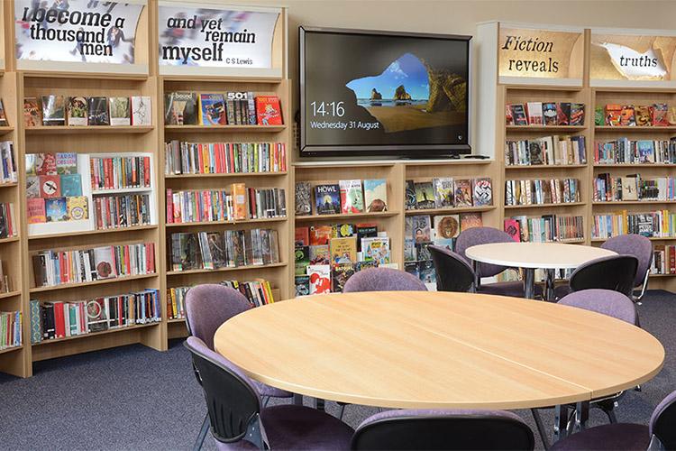 Библиотека Kingham Hill School