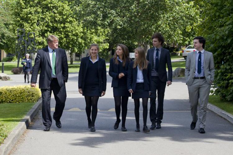 Студенты Millfield School