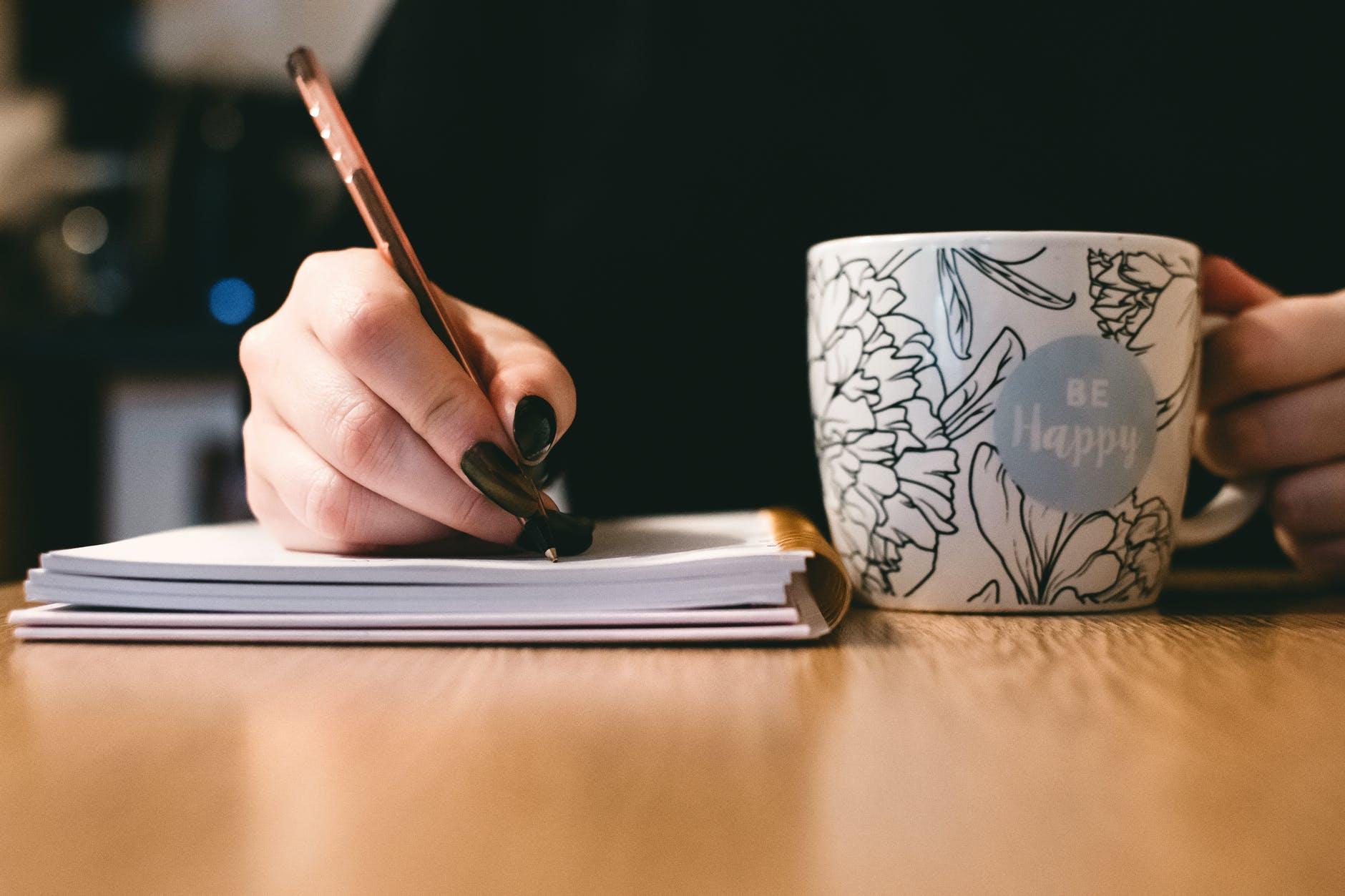 Как написать академическое резюме в университет?
