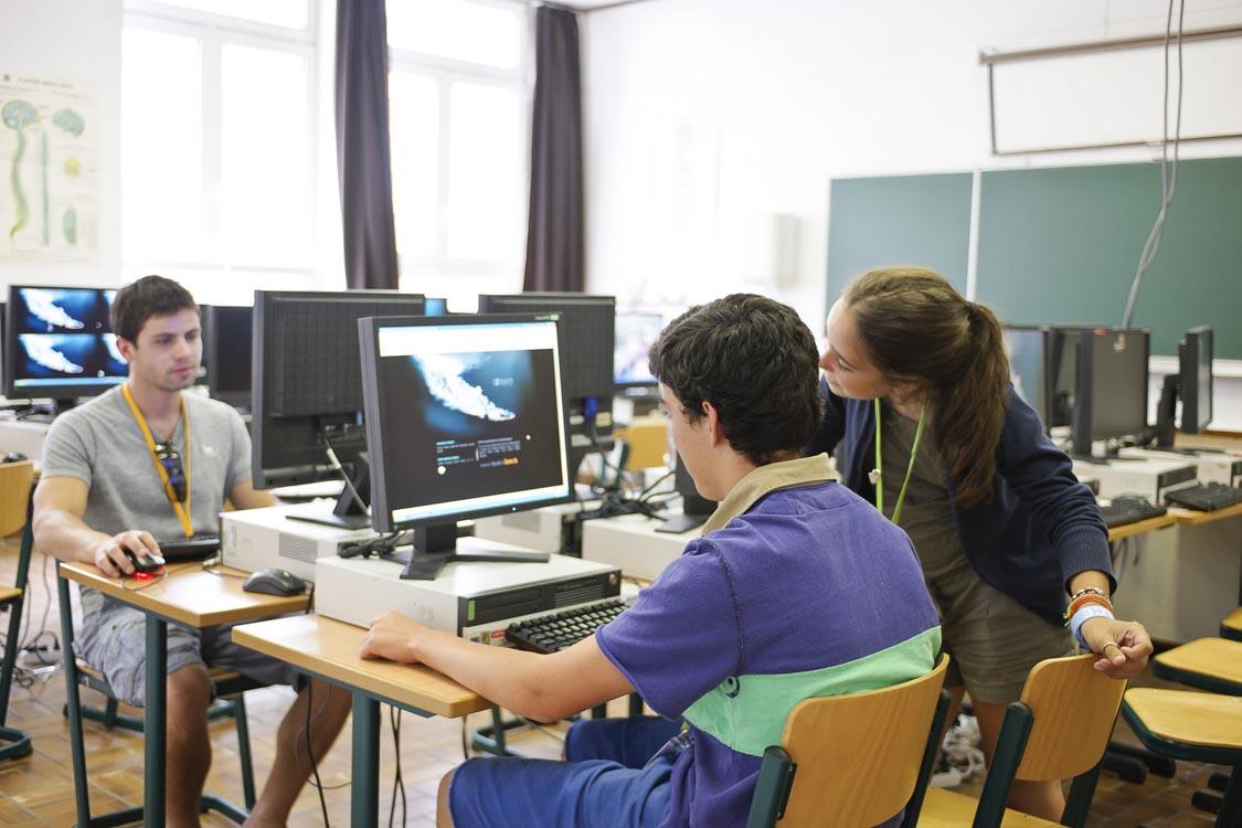 Занятия в языковой школе CERAN, Ferrieres