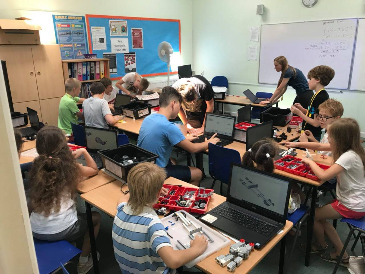 Занятия в SUL, Queen's College Taunton