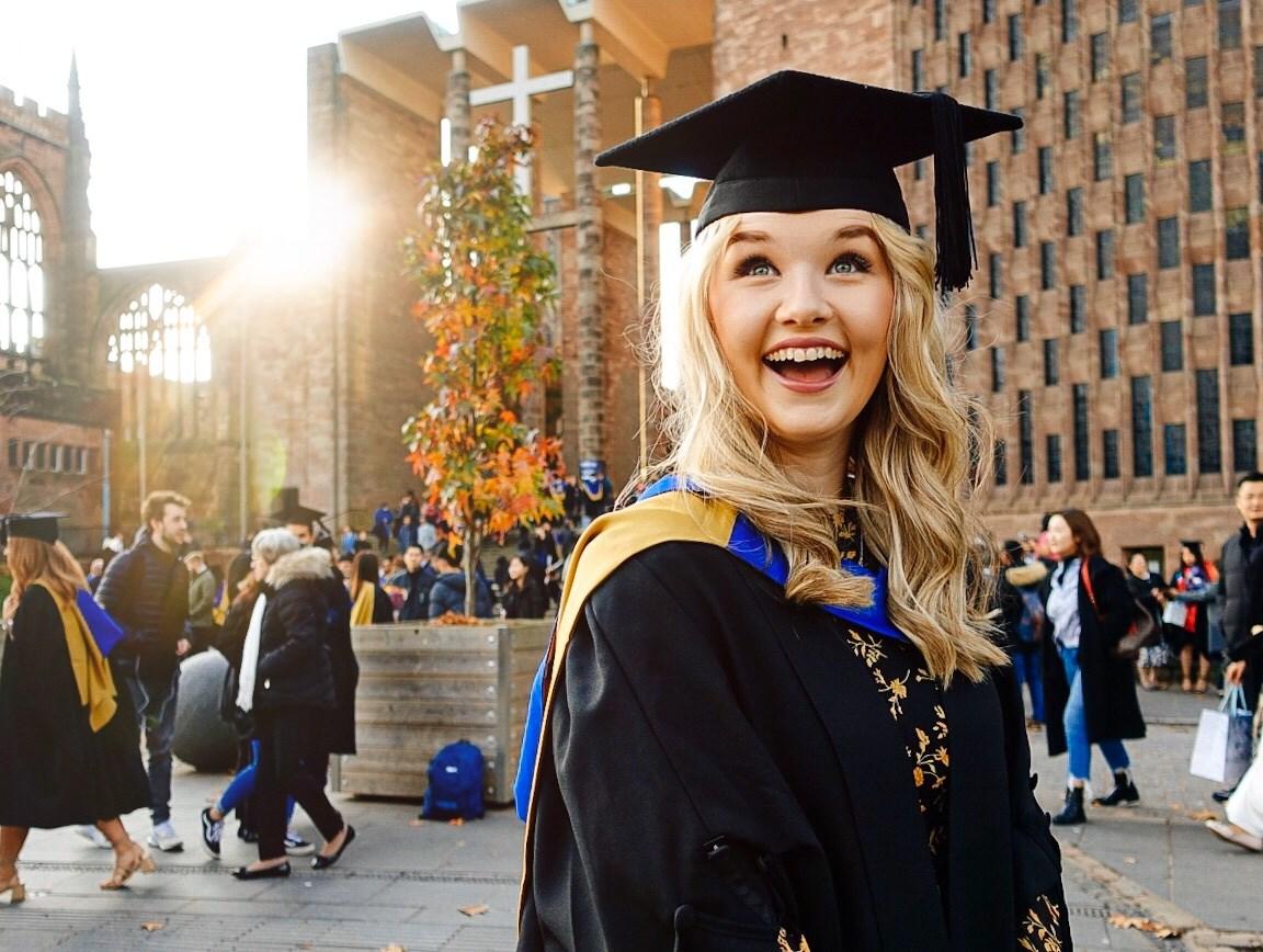 Випускники Coventry University