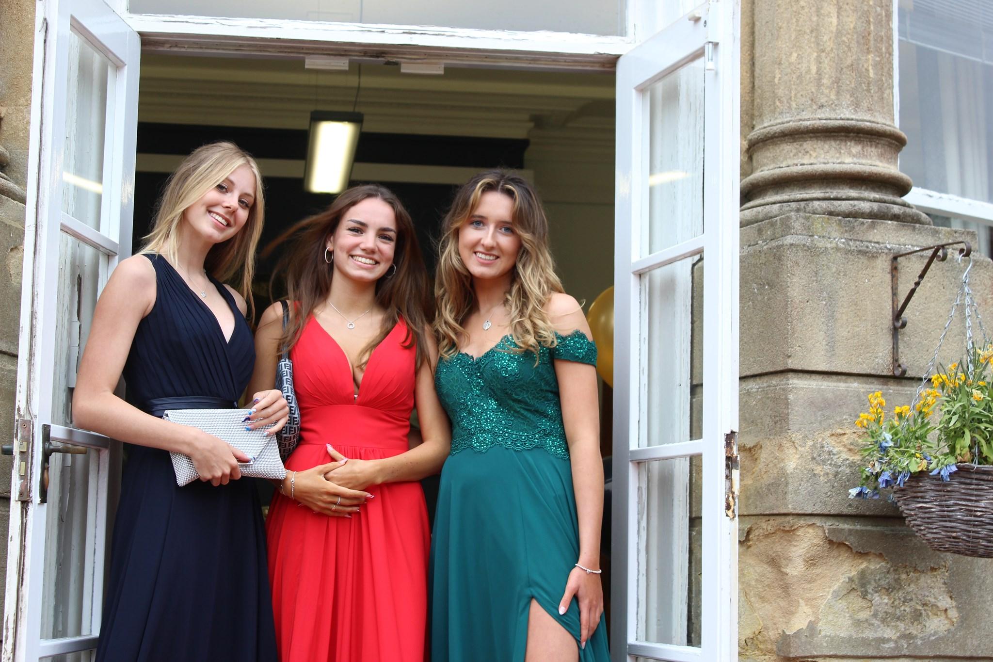 Выпускники Bournemouth Collegiate School
